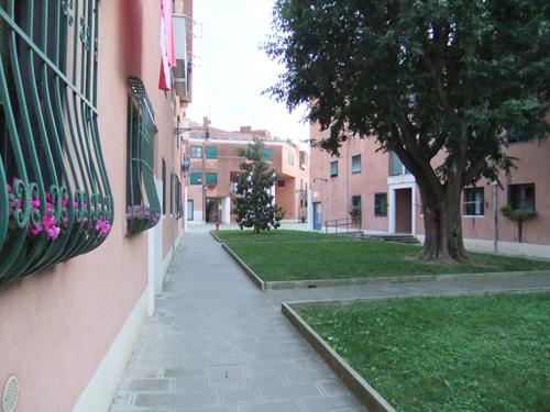 Bakgata i Venedig